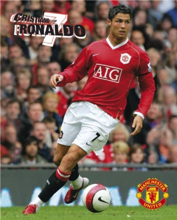 lgmp0687cristiano-ronaldo-manchester-united-football-club-mini-poster